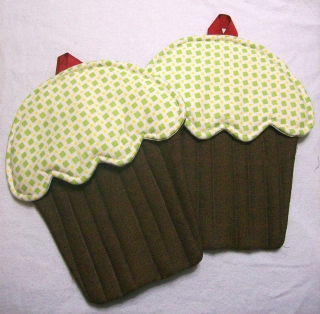 Handmade cupcake potholders made for April Garwood of Banana Moon Studio by her sister.