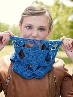Vega Cowl, a crochet pattern from Banana Moon Studio for Interweave Crochet