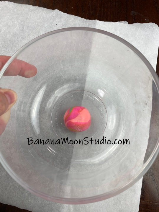 how to make a drop spindle with Banana Moon Studio