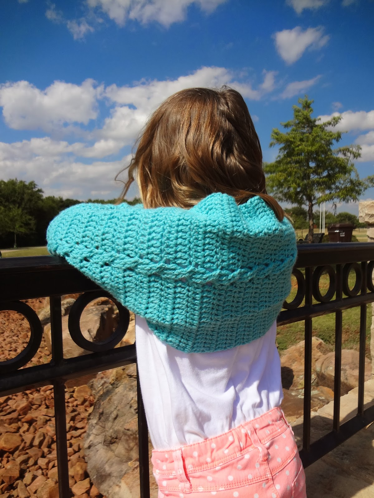 Learn to Crochet Cables with this free pattern and video tutorial from Banana Moon Studio