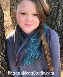 Free Tunisian crochet pattern featuring Tunisian smock stitch, pattern by April Garwood of Banana Moon Studio
