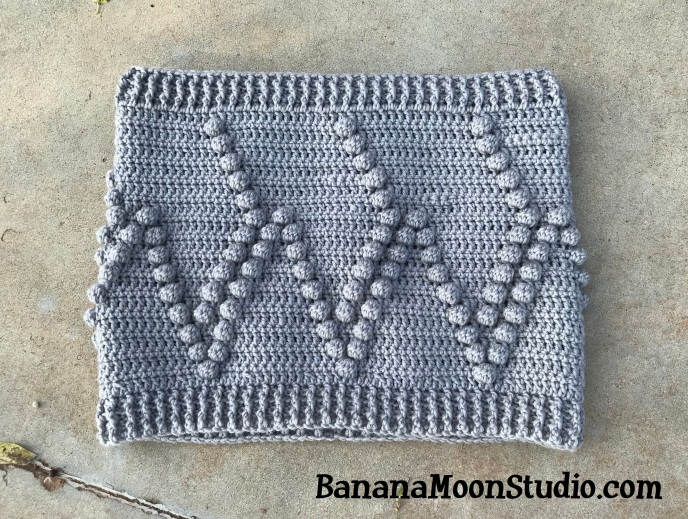 Crochet cowl in Chic Sheep yarn, pattern by April Garwood of Banana Moon Studio