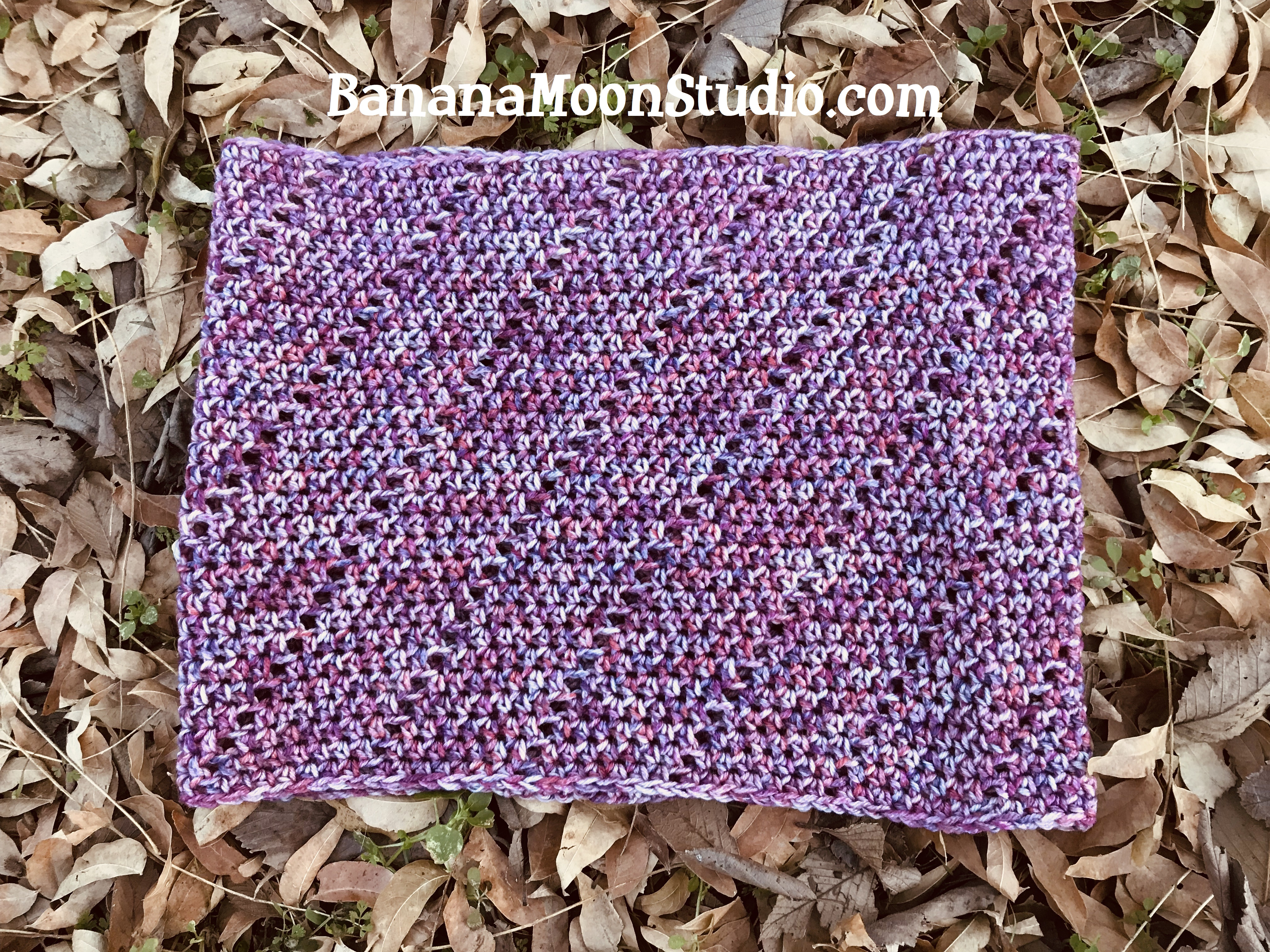 Free crochet patterns for matching hat and cowl, by April Garwood of Banana Moon Studio