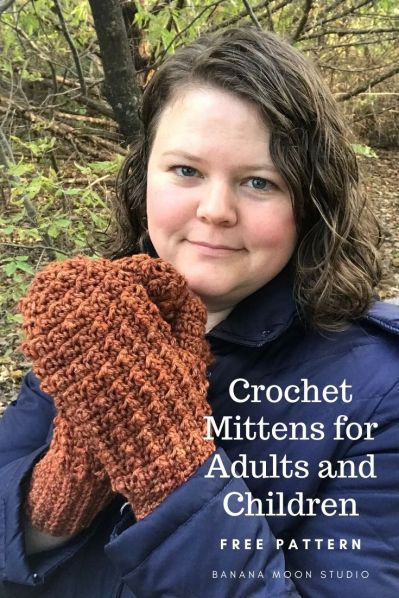 Crochet mittens for adults and children, free pattern from Banana Moon Studio