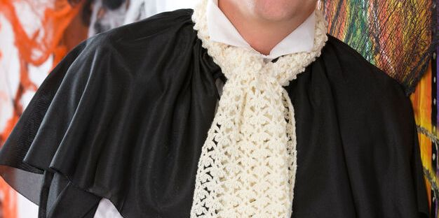 "Crochet pattern for a ""Vampire Ascot"" from Banana Moon Studio for Red Heart"