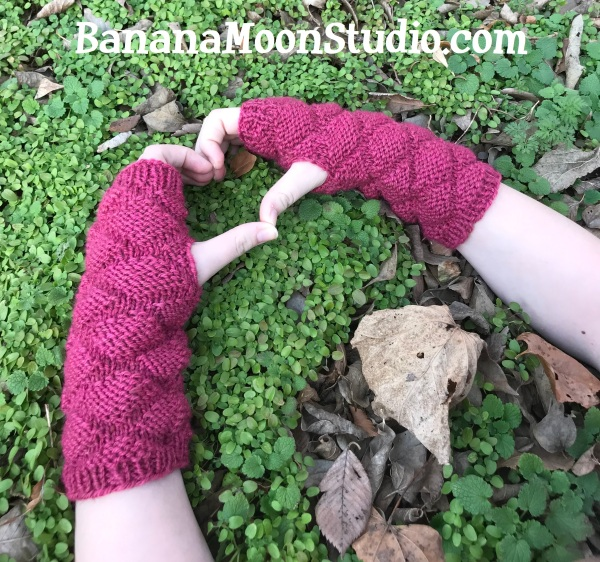 Free knitting pattern for women's fingerless gloves, from Banana Moon Studio