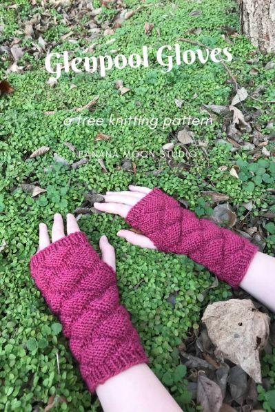 Free knitting pattern for women's fingerless gloves, from Banana Moon Studio #freeknittingpatterns #fingerlessglovesknittingpatterns