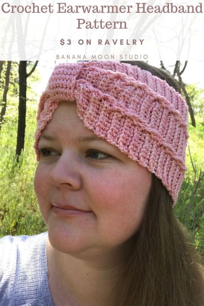 Crochet earwarmer headband pattern from Banana Moon Studio! #crochetearwarmer #crochetheadband