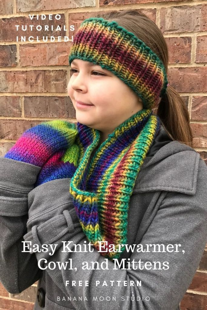 Easy knit earwarmer, cowl, and mittens set from Banana Moon Studio. Free pattern!