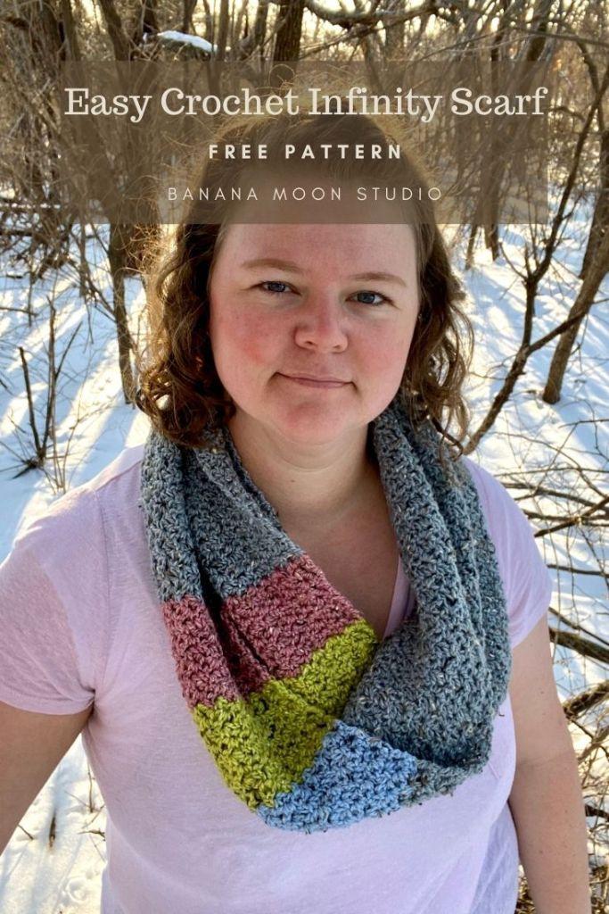 Crochet infinity scarf free pattern easy from Banana Moon Studio!